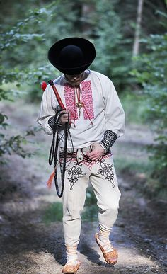 Folk košeľa - Fačkov - p / russalocka - SAShE. European Dress, Art Populaire, Folk Clothing, Folk Dance, Folk Embroidery, Folk Fashion, Folk Costume, Traditional Dresses, Folklore