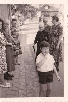 Fiel mir beim Aufräumen unlängst in die Hände, ein Foto aus Kindertagen. Ja, so klein war ich mal! :-)