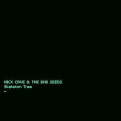 """Nick Cave & The Bad Seeds :: Skeleton Tree -""""Skeleton Tree"""" ist nicht entstanden, weil Nick Caves Sohn gestorben ist, sondern obwohl er gestorben ist. Es wäre zu leicht und es wäre falsch, das Album einfach als Trauerarbeit zu verstehen, als therapeutische Kunst, die einer Tragödie logischerweise folgt. In """"One More Time with Feeling"""", Andrew Dominiks ergreifendem, das Album begleitenden Dokumentarfilm, sagt Cave, dass Kreativität Raum und Luft zum Atmen brauche, und dass ein Trauma wie der…"""