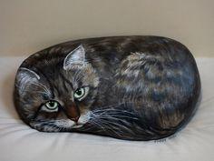https://flic.kr/p/Rbfdya | Tiger | un gros matou grandeur nature  il est peint sur une pierre de 29 cm qui pèse 8.100 kg