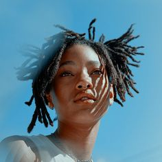 Willow And Jaden Smith, Pretty People, Beautiful People, Blue Sargent, Dreadlocks, Famous Women, Beautiful Black Women, Black Girl Magic, Foto E Video