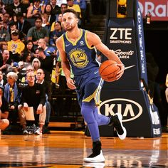 Post by: Warriors game in 1 hour and 21 minutes! Curry Basketball, Football And Basketball, Basketball Players, Curry Warriors, Warriors Game, Wardell Stephen Curry, 2018 Nba Champions, Nba Stars, Golden State Warriors