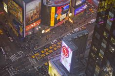 Location: Times Square, New York City, New York.  Photographer: MIKE THEISS/National Geographic Creative
