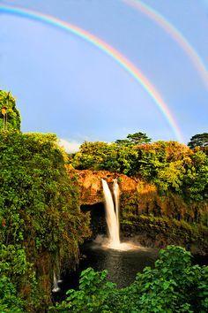 'Waterfall & Double Rainbow, Hawaii' - photo by Cj Kale, via HAWAII.the BIG Island is only 6 days away! Rainbow Falls, Love Rainbow, Over The Rainbow, Rainbow Waterfall, Rainbow Promise, Rainbow Photo, Rainbow Sky, Beautiful World, Beautiful Places