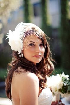 Love the idea of a birdcage veil.but Im pretty sure my mom wants me to wear her veil since my sister did.also just not sure if I could really pull a birdcage veil off. Check out Dieting Digest Veil Hairstyles, Wedding Hairstyles, Wedding Hair And Makeup, Bridal Hair, Hair Wedding, Wedding Looks, Wedding Day, Green Wedding, Wedding Anniversary