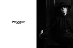 Hedi Slimane captures the latest Saint Laurent Paris advertisement with top model Edie Campbell joined for the black and white session by the one and only Beck. Edie Campbell, Ysl Paris, Vogue Mexico, New Saints, Saint Laurent Paris, New Face, Creative Director, Front Row, Gq