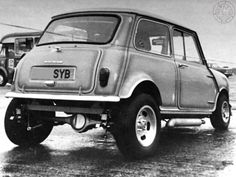 """Mornin Miniacs Can't remember if this beasty beauty is """"This Thing"""" or """"That Thing"""" but who cares. Whatever """"Thing"""" it is its a frickin awesome #MonochromeMonday Mini! Have a Great Day Folks"""