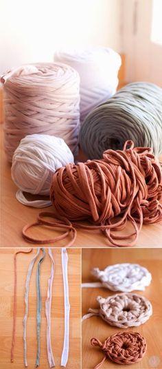 Ideas crochet rug diy ganchillo for 2019 Crochet Simple, Love Crochet, Crochet Crafts, Crochet Yarn, Crochet Stitches, Yarn Projects, Crochet Projects, Knitting Patterns, Crochet Patterns
