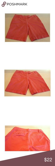 J. Crew Womens Bermuda Chino City Fit Pink Cotton J. Crew stretch city fit Bermuda shorts. 4 pockets. Size 4.  See pics for measurements.  Smoke and pet free home. J. Crew Shorts Bermudas