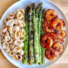 Here's Five delicious and easy Protein options Dinner! Recipes below👩🏻‍🍳 Chicken, Salmon, Pepperoni, Prawns or Scallops.. Which is your…