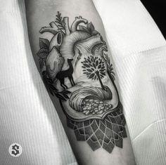 TATUAJE ESCUDO PERÚ Mayan Symbols, Viking Symbols, Egyptian Symbols, Viking Runes, Ancient Symbols, Wiccan Tattoos, Celtic Tattoos, Map Tattoos, Sleeve Tattoos