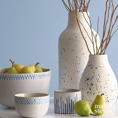 Customize plain, inexpensive pottery—and make it look absolutely artisanal—with a little ceramic paint and these techniques. Customize plain, inexpensive pottery—and make it look absolutely artisanal—with a little ceramic paint and these techniques. Painted Vases, Hand Painted Ceramics, Kintsugi, Rock Design, Ceramic Plates, Ceramic Pottery, Pottery Painting Ideas Easy, Marker, Pottery Videos