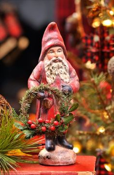 Belsnickle Santa with Wreath | Santa Claus Figurines and Hand Carved Wooden Santas