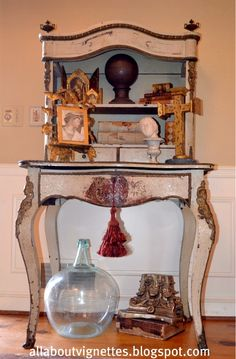 All About Vignettes: Wonderful Shabby Chippy Antique French Writing Desk