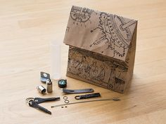 EDC Survival Kit: Any EDC Enthusiast Would Agree--You Need This Super Compact Survival Kit