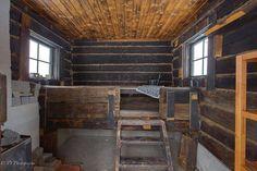 Perinteinen sauna 7677865 Winter Lodge, Finnish Sauna, Saunas, Cottage Homes, Modern Rustic, Entryway Tables, Relax, Interior Design, Boat House