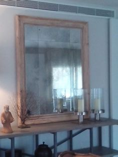 Marcos tratado sobre madera natural con espejo envejecido artesanalmente. www.kinomarcosmolduras.com
