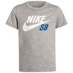 Nike SB Print T-shirt dark grey heather (€24) ❤ liked on Polyvore featuring tops, t-shirts, heather tee, pattern t shirt, print tees, pattern tops and heather t shirt