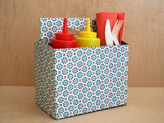 Caddy: Cover empty carrier with contact paper or paint. Use as condiment holder, or for silverware at a picnic -- variety of uses. Kitchen Caddy, Cute Kitchen, Kitchen Storage, Utensil Caddy, Silverware Caddy, Table Caddy, Plastic Silverware, Utensil Holder, Cutlery