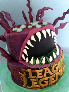 League of Legends Cakes For Boys, Boy Cakes, 16th Birthday, Birthday Cake, Fashion Cakes, Cake Creations, Desert Recipes, Birthday Party Decorations, League Of Legends