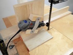 How to make a band saw blade sharpening jig shopwoodwork making a simple band saw blade sharpening jig greentooth Images