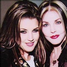 Priscilla and Lisa Marie Presley (all grown up, daddy's girl)
