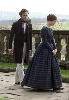 Michael Fassbender & Mia Wasikowska in Jane Eyre, costume designer Michael O'Connor Mia Wasikowska, Michael Fassbender, Jane Eyre 2011, Charlotte Bronte Jane Eyre, Little Dorrit, I Love Cinema, Period Outfit, Movie Costumes, Historical Costume