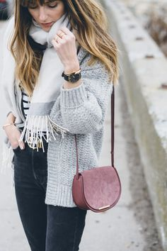 Cozy and chic winter outfit / Jess Kirby
