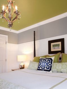green and grey color scheme: for living room - ooo like this for the bedroom