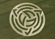 "The Triquetra, A ""Trinity knot,"" crop circle at Milk Hill, near Alton Barnes, Wiltshire UK"