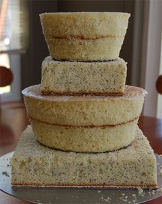 Shaping cake layers by Juice Cup, via Flickr