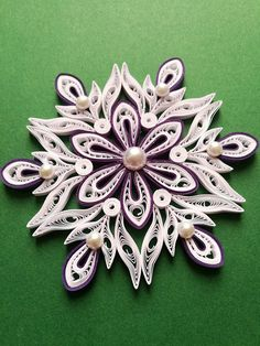 Set of 10 pcs quilled snowflakes Christmas ornament image 3 Paper Snowflakes, Christmas Snowflakes, Christmas Tree Ornaments, Christmas Wreaths, Paper Quilling Patterns, Quilling Craft, Quilling Flowers, Quilling Ideas, Paper Quilling For Beginners