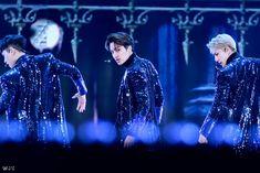 Kyungsoo, Chanyeol, Rapper, Exo Album, Exo Kai, Kpop Boy, The Man, Boy Groups, Dance