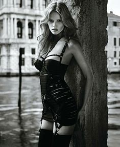 Lessons in fetish: Lara Stone.  THE DRESS FROM iiL7!!!