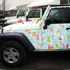 Lilly Pulitzer Jeeps! I need ones of these...and a beach house to store it.