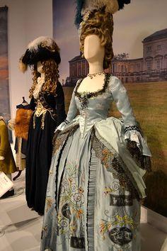 The Duchess, http://jenneliserose.blogspot.com/2011/09/movie-costumes.html
