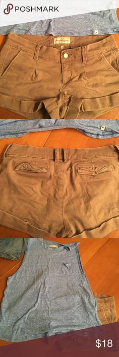 Abercrombie and fitch chino shorts Good condition. Get the muscle tee for free with this purchase Abercrombie & Fitch Shorts