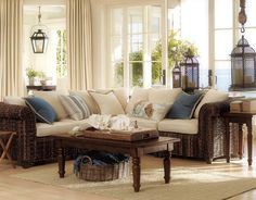 Living Room | Island feel, natural materials, creme and blue