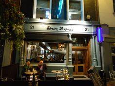 Davey Byrnes Pub, Dublin