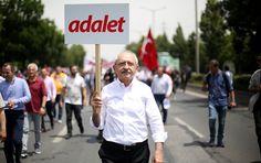 Sputnik Türkiye ///  Kılıçdaroğlu, Adalet Yürüyüşü'nün 14. gününde: Ellerimiz hiçbir zaman şiddete kalkmayacak