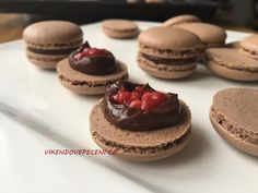 Mini Pavlova, Macaroons, Baked Goods, Tiramisu, Cheesecake, Deserts, Sweets, Cooking, Blog