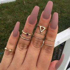 Best Acrylic Nails, Acrylic Nail Designs, Matted Nails, Nagel Hacks, Instagram Nails, Nagel Gel, Dream Nails, Nude Nails, Matte Stiletto Nails
