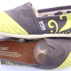 The Sandy - Yellow and Gray Custom TOMS