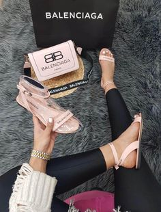 Designer summer shoes with matching handbag available in different sizes and colours sold online made in turkey Versace Sneakers, Gucci Sneakers Outfit, Versace Shoes, Balenciaga Shoes, Cute Sandals, Cute Shoes, Me Too Shoes, Fashion Slippers, Fashion Shoes