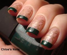 I like this idea and the pattern....  Chloe's Nails