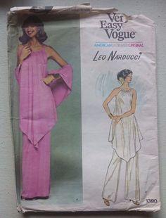 Vintage 1970s Vogue 1390 Narducci Designer Evening tunic pants skirt uncut 10