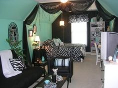 """Teen """"Tiffany  Co."""" - Girls' Room Designs - Decorating Ideas - HGTV Rate My Space"""