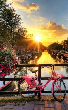 Romantic Sunrise - 18 stunningly beautiful pictures of Amsterdam - Netherlands Tourism Places Around The World, Oh The Places You'll Go, Places To Travel, Around The Worlds, Travel Things, Beautiful World, Beautiful Places, Beautiful Pictures, Stunningly Beautiful
