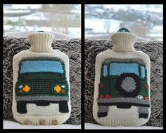 Ravelry: Hot Water Bottle Cover (Cosy) Based on the Land Rover (Landrover) pattern by Tracy Harrison (SnuginaDub) Knitting Projects, Knitting Patterns, Crochet Patterns, Rug Patterns, Water Bottle Covers, Crochet Wall Hangings, Landrover, Ballerina Doll, Chunky Yarn
