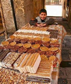 Riverside Market, Aleppo City, Street Food Market, Arabic Coffee, Baghdad Iraq, Halal Recipes, Syrian Refugees, The Beautiful Country, World Recipes